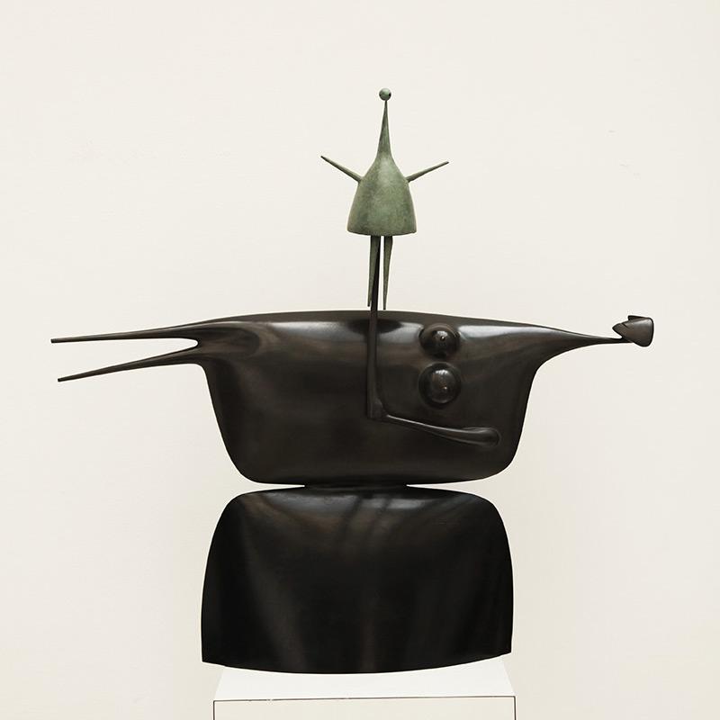 Marionnette-800x800-gris-foncé